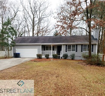 737 Fallowfield Drive 3 Beds House for Rent Photo Gallery 1