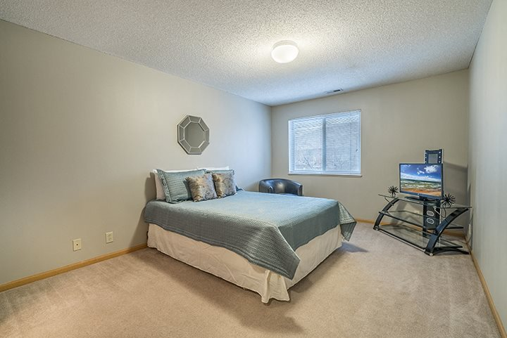 Large and spacious bedroom at Fountain Glen apartment