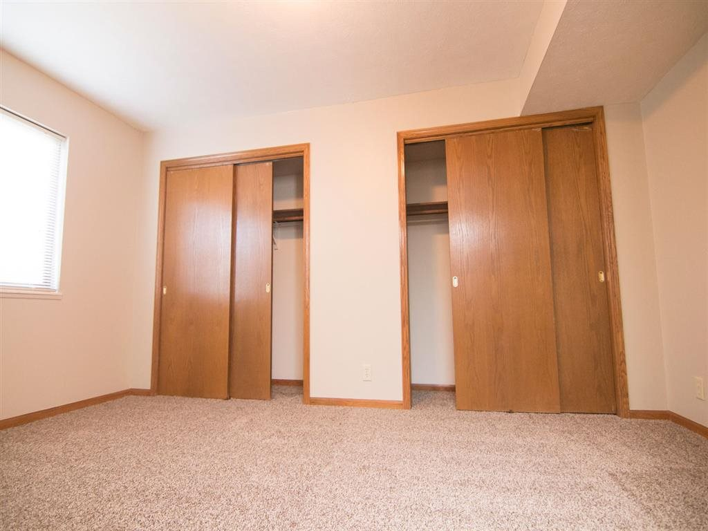 closet space at Fountain Glen Apartments in Lincoln Nebraska
