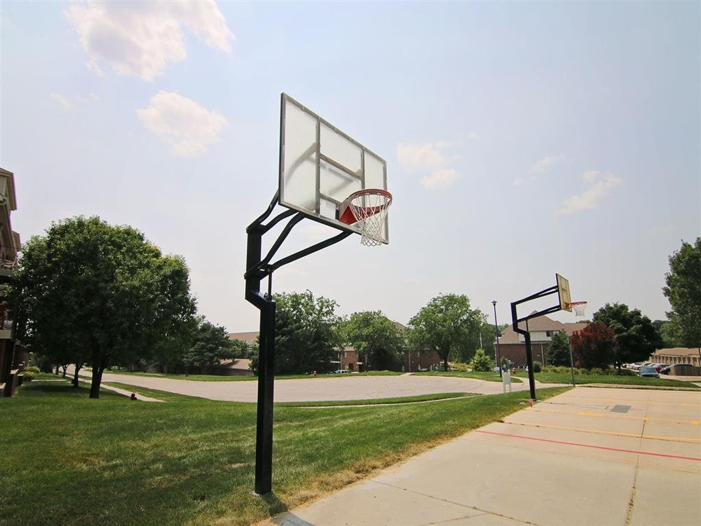 basketball hoop at Fountain Glen Apartments in Lincoln Nebraska