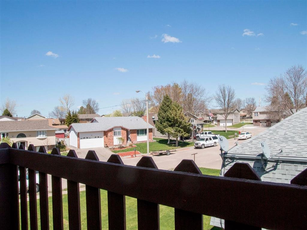 Exteriors-Great Plains Apartments Balcony View in Alliance, NE