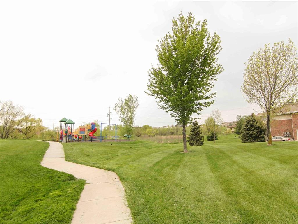 Walking Trails at the Northbrook Apartment Homes in Lincoln NE