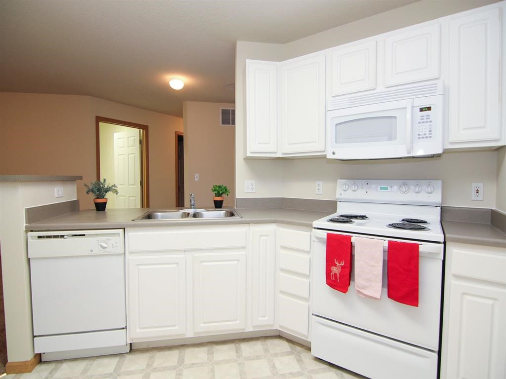 Fully equipped kitchen at Northbrook Apartments in Lincoln NE