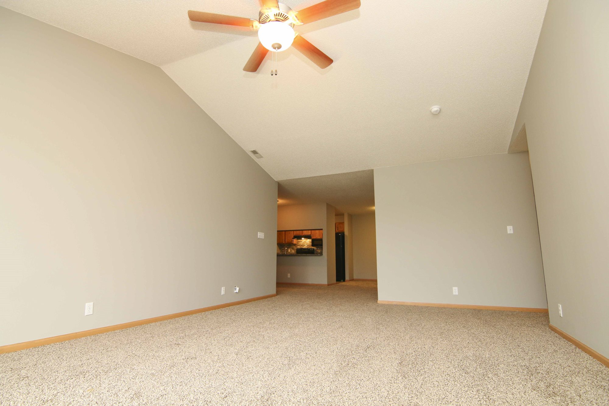 Interiors-Updated three bedroom apartment at Northbrook Apartments