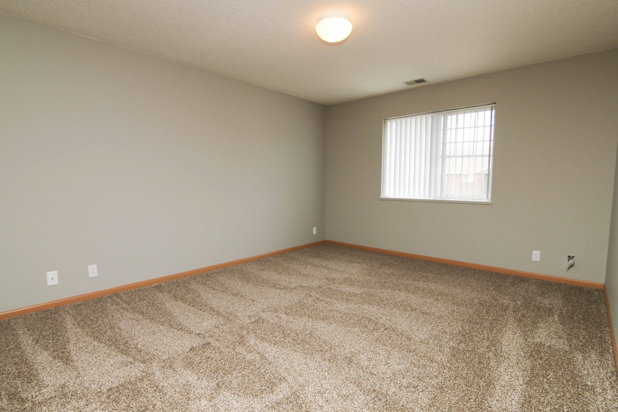 Interiors-Newly updated three bedroom apartment at Northbrook Apartments