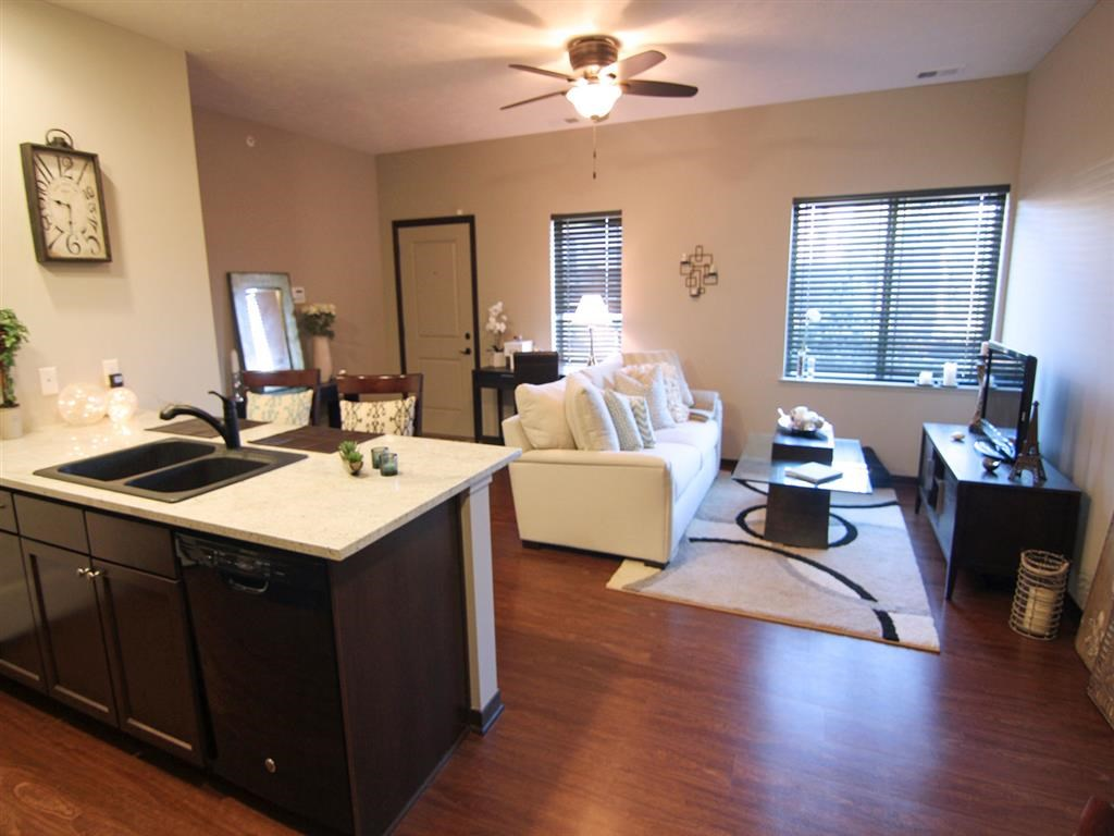 kitchen and dining area at Villas at Wilderness Ridge in Lincoln Nebraska