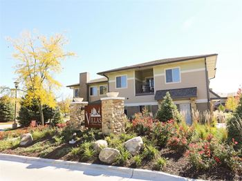 8801 Executive Woods Drive 1-3 Beds Apartment for Rent Photo Gallery 1