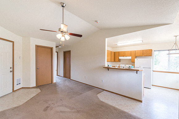 1 bedroom open and bright living area