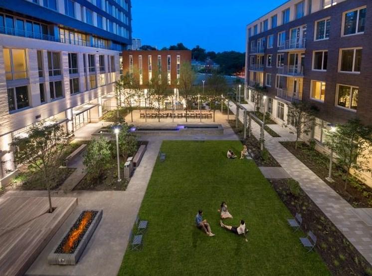 Beautifully Landscaped Grounds at The Pearl, Silver Spring, 20910