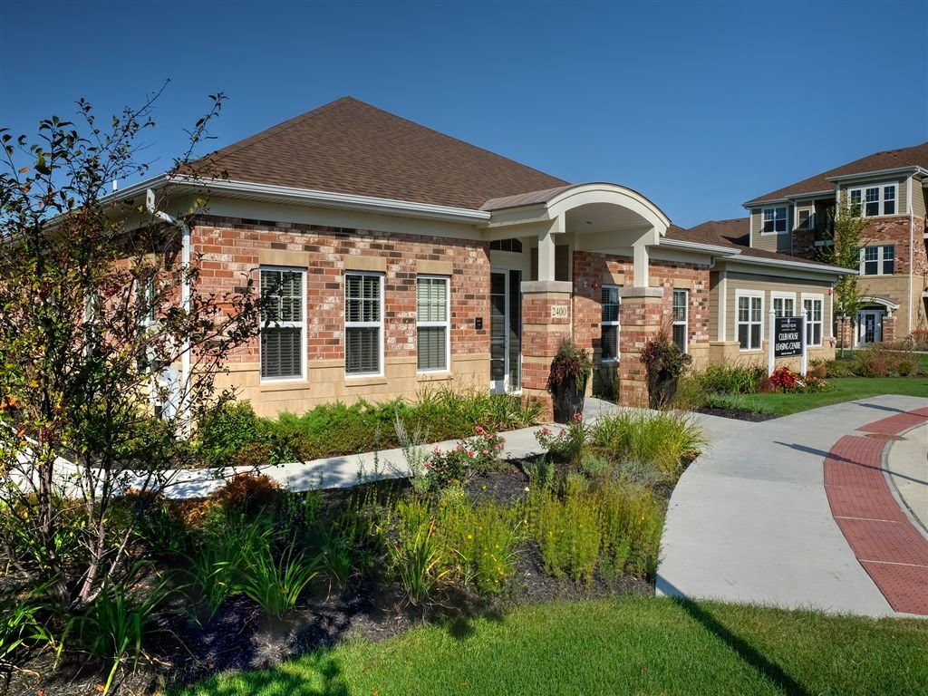 Beautifully Clubhouse at Algonquin Square Apartment Homes, Algonquin, IL, 60102
