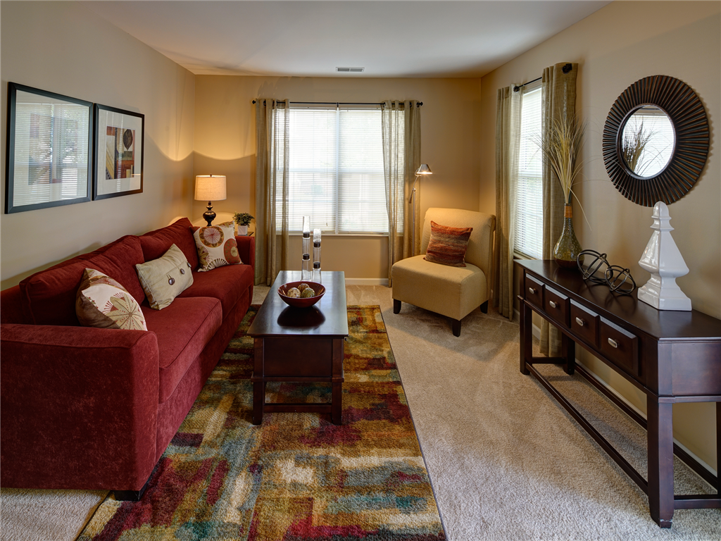 Warm Neutral Interiors at HighPoint Community Apartments, Romeoville, IL, 60446