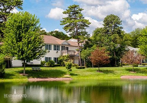 Medford Pond Community Thumbnail 1
