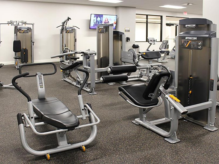 Building Amenities - Fitness Center at Residences at Leader, Ohio