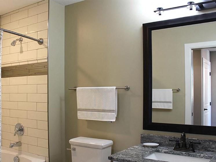 Style 09 Model - 2 Bedroom 2 Bathroom - Bathroom 2