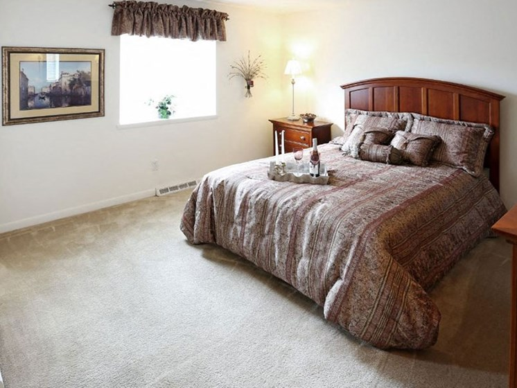 Beautiful Bright Bedroom at Dannybrook Apartments, Williamsville, NY, 14221