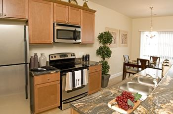 700 Pond View Heights 1 Bed Apartment for Rent Photo Gallery 1