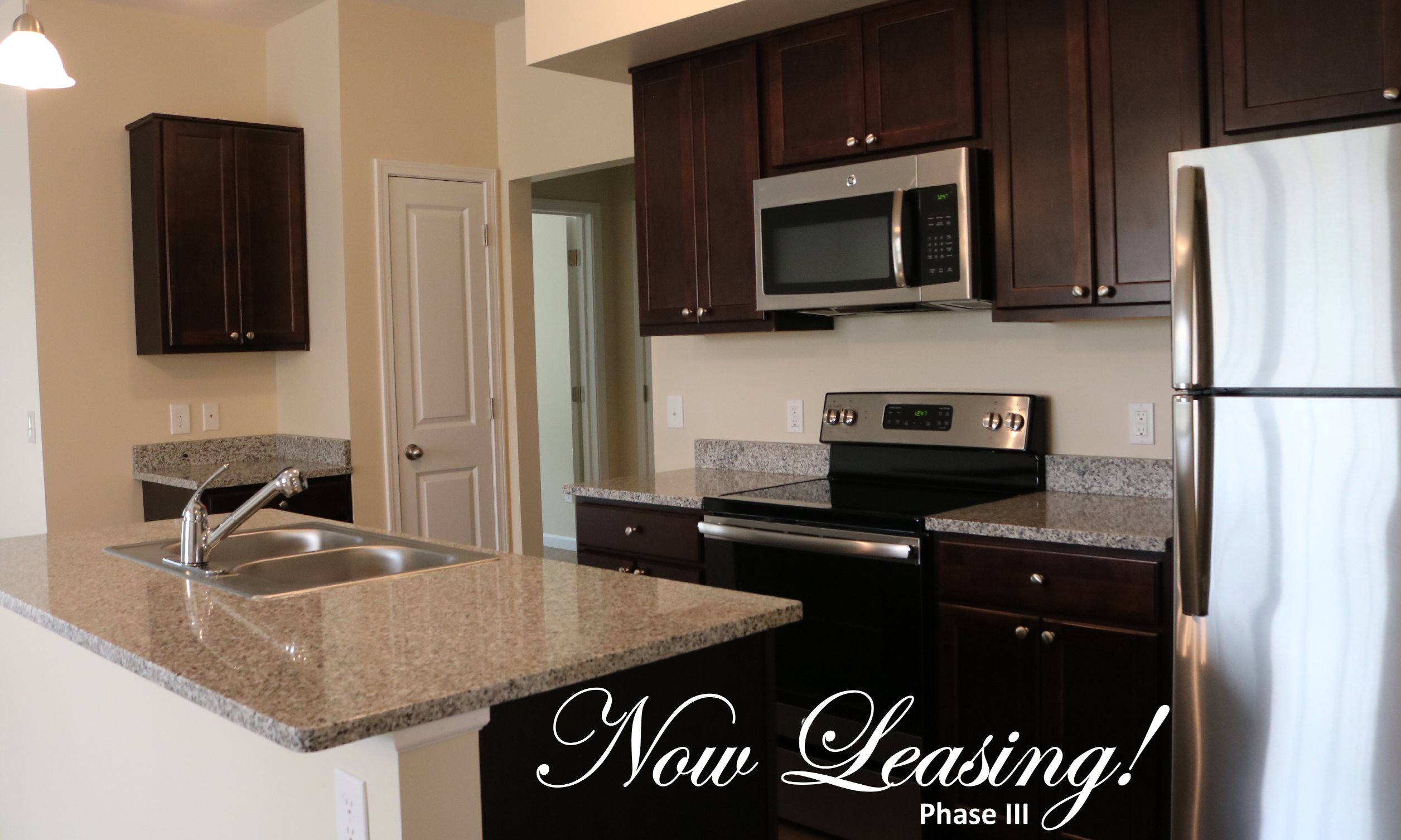 All Electric Kitchen At Collett Woods Townhouses New York 14425