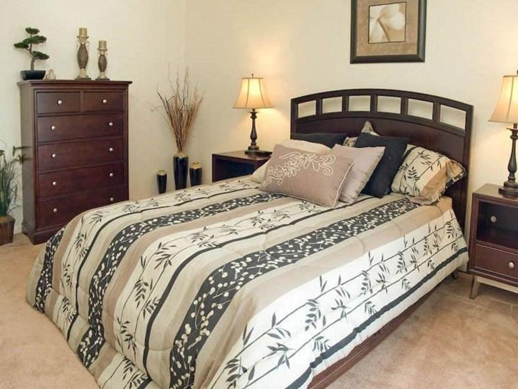 Beautiful Bright Bedroom at Winton Village Apartments, New York, 14623
