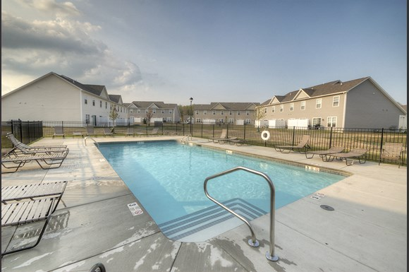 The Townhomes At Pleasant Meadows 12 Fernwood Dr Lancaster Ny Rentcaf