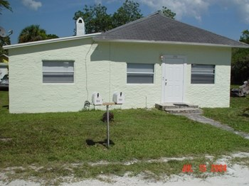 194 Marie Drive Studio Apartment for Rent Photo Gallery 1