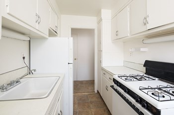 Rent Cheap Apartments in New York: from $400 – RENTCafé
