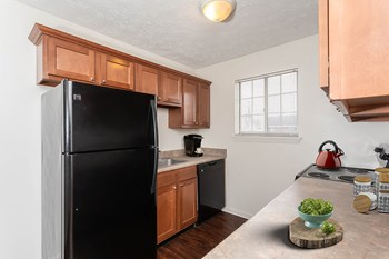 108 Linden Tree Ln Apt 8 1-3 Beds Apartment for Rent Photo Gallery 1