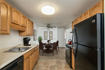 62 Manorshire Dr 1-2 Beds Apartment for Rent Photo Gallery 1