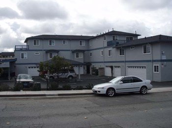 1210 San Pablo Avenue 2 Beds Apartment for Rent Photo Gallery 1
