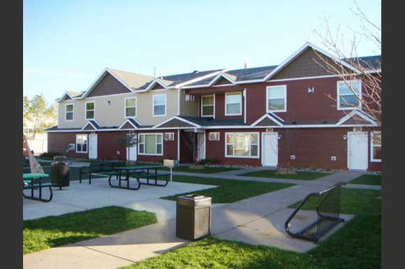 Granite City Townhomes 433 33rd Avenue North St Cloud Mn Rentcafé