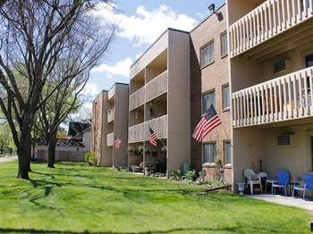 2060 5th St 1-2 Beds Apartment for Rent Photo Gallery 1
