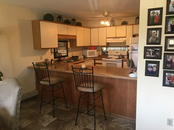 835 Driftwood Drive 2 Beds Apartment for Rent Photo Gallery 1