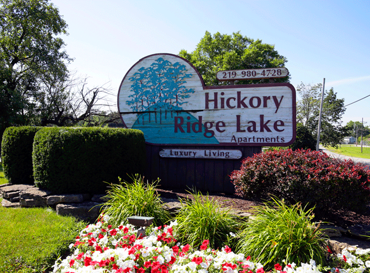 at Hickory Ridge Lake Apartments, Merrillville, IN