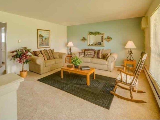 at Huntington Club Apartments, Michigan, 48093