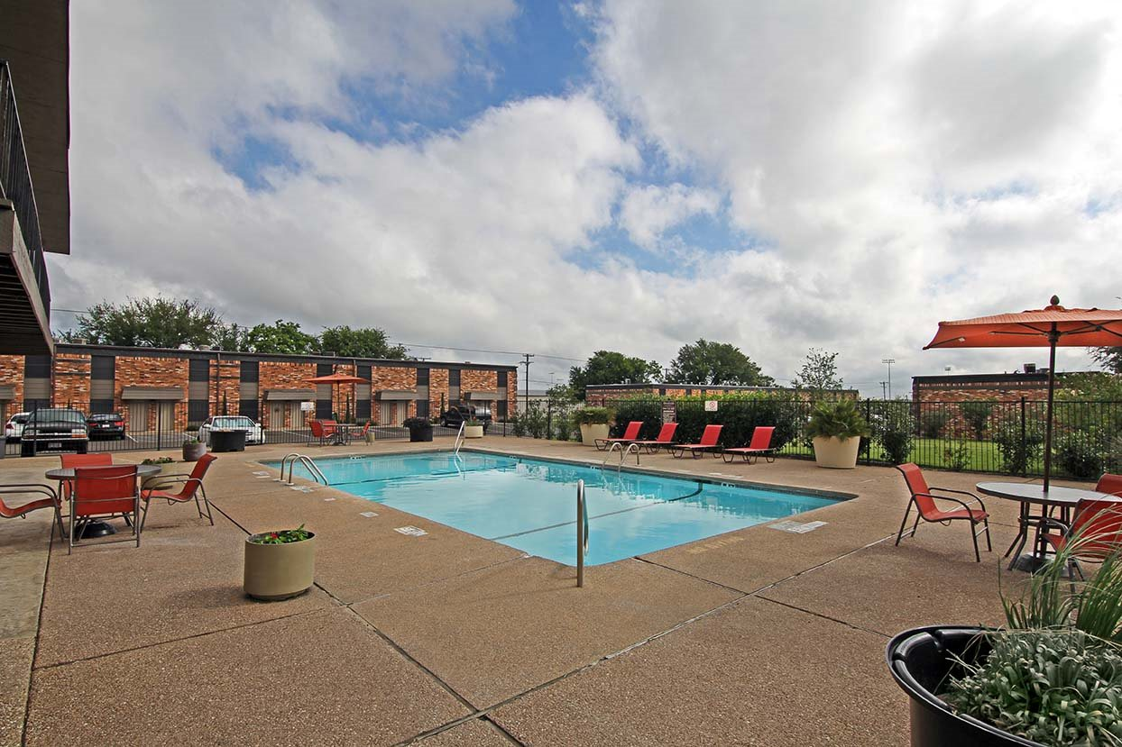 Gorgeous Swimming Pool at Brookside Apartments in Hewitt, TX