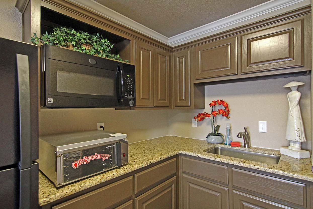 Kitchen Counters and Appliances at Brookside Apartments in Hewitt, TX