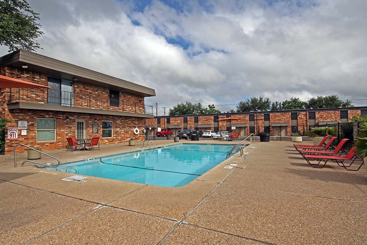 Swimming Pool at Brookside Apartments in 76643, TX