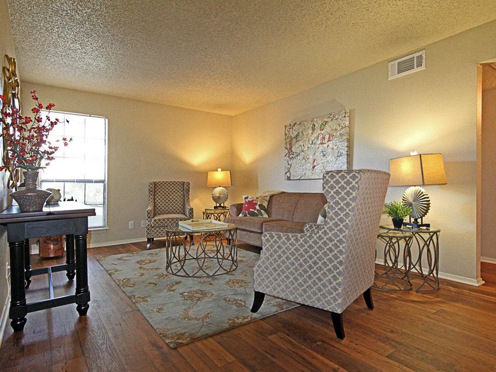 Living room at Parks on the Green, TX, 76504