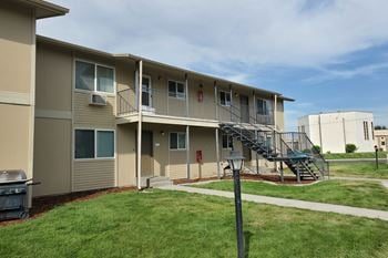 833 Alameda Drive 1-3 Beds Apartment for Rent Photo Gallery 1