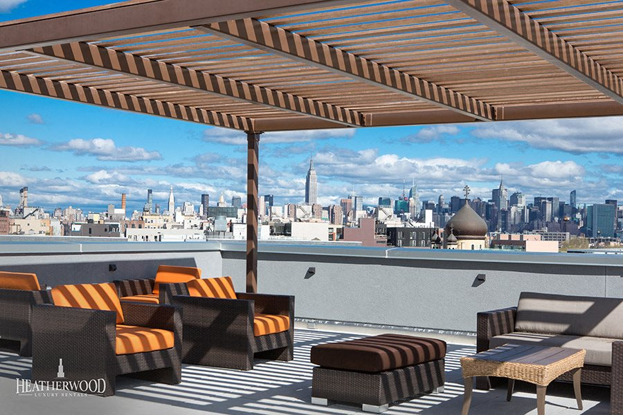 rooftop lounge at 544 union