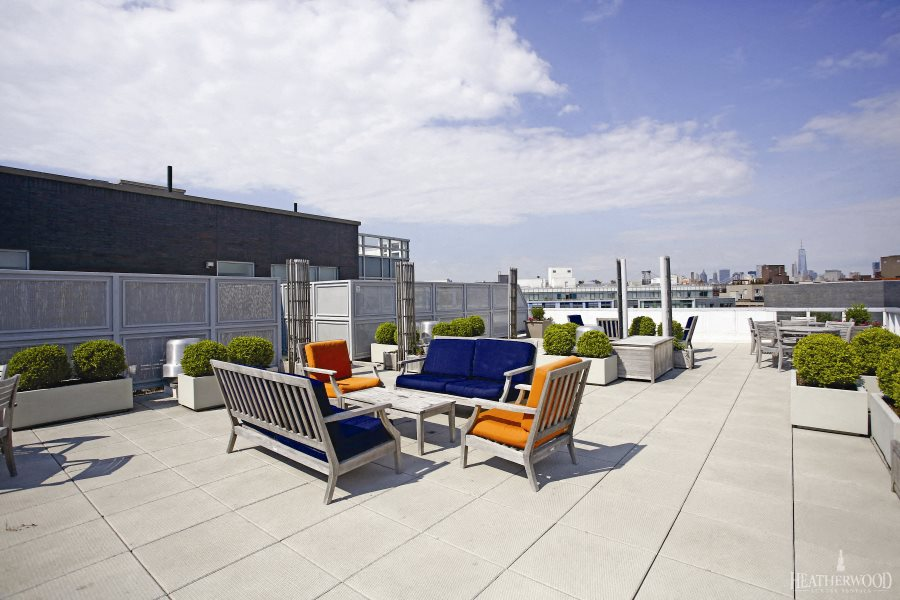 rooftop lounge 568 Union Brooklyn, NY