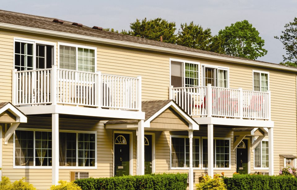 Lakeside Village Apartments For Rent In East Patchogue Ny