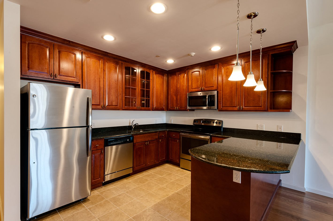 Stainless steel Appliances at Heatherwood