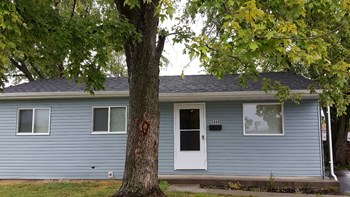 5444 Newport Rd 3 Beds House for Rent Photo Gallery 1