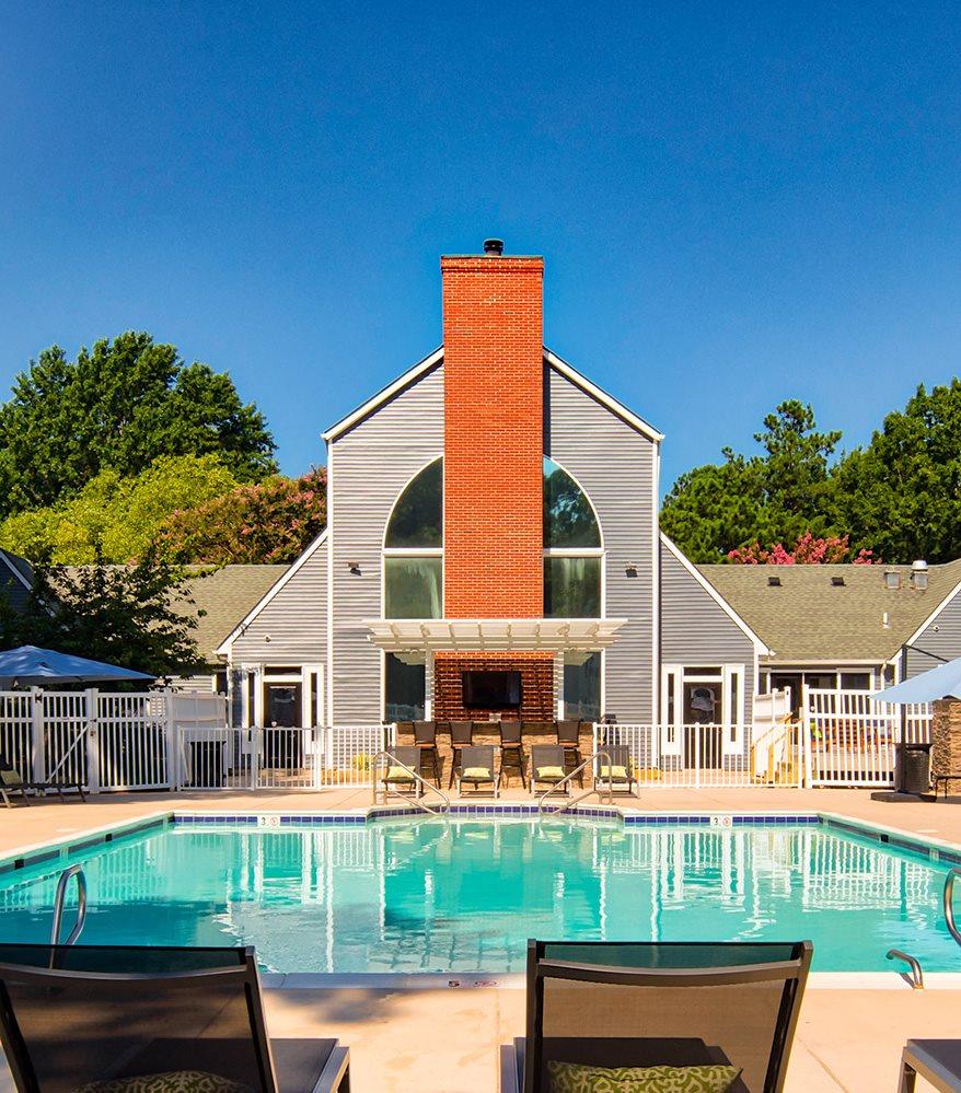 Pool at Waterman's Crossing Apartments in Newport News VA
