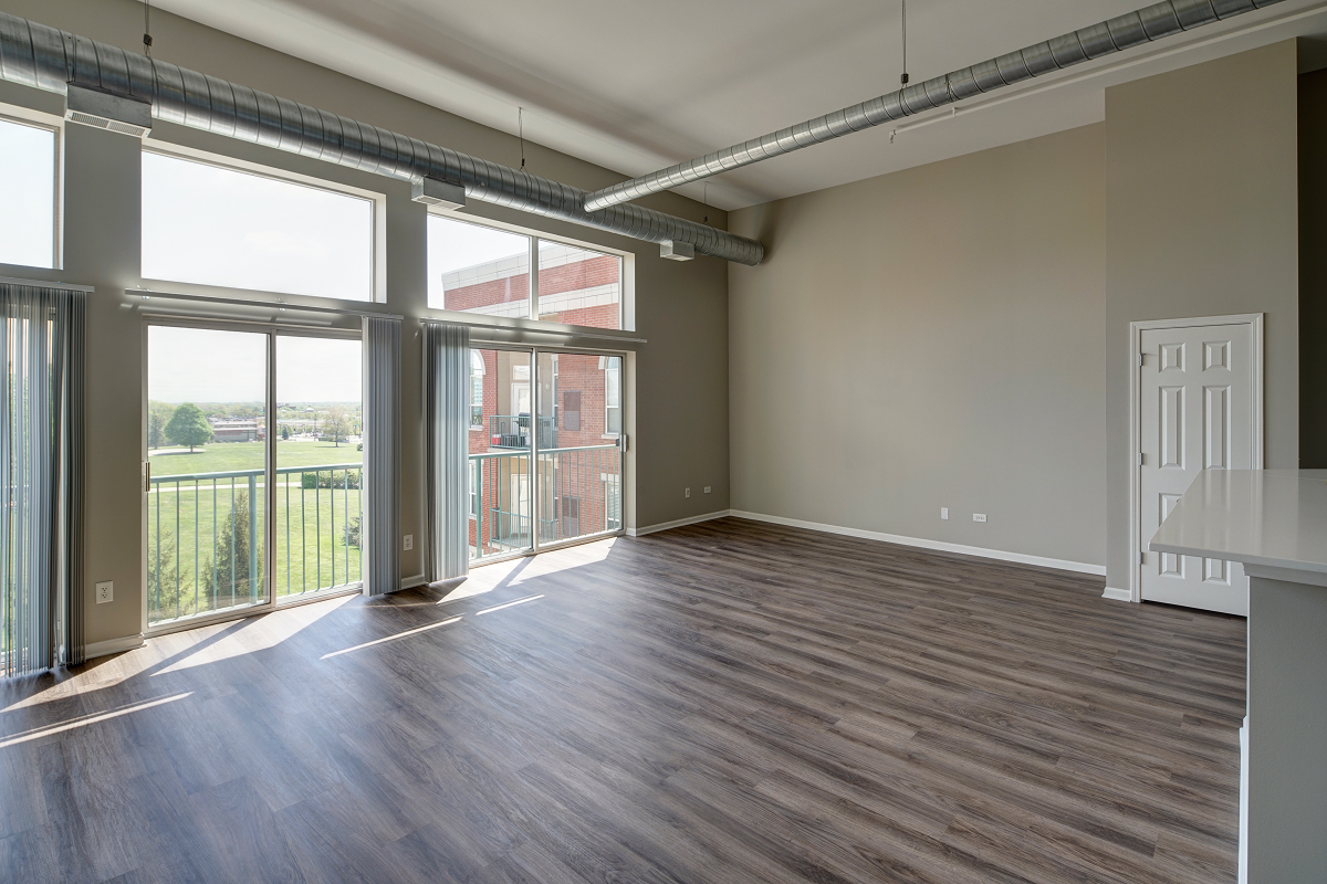 open layout with modern touches at City View at the Highlands, Lombard, IL, 60148