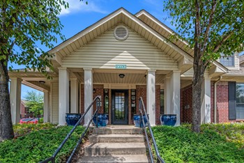 24800 Chenal Parkway 3 Beds Apartment for Rent Photo Gallery 1