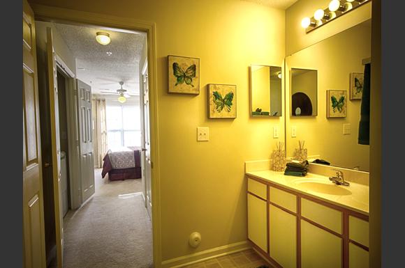Andover Park Apartments 1350 Norwalk St Greensboro Nc Rentcaf