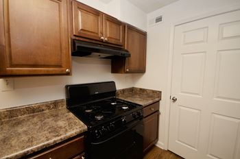 1788 Austell Rd 1-2 Beds Apartment for Rent Photo Gallery 1
