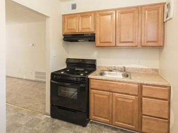 1313 Motter Avenue 3 Beds Apartment for Rent Photo Gallery 1