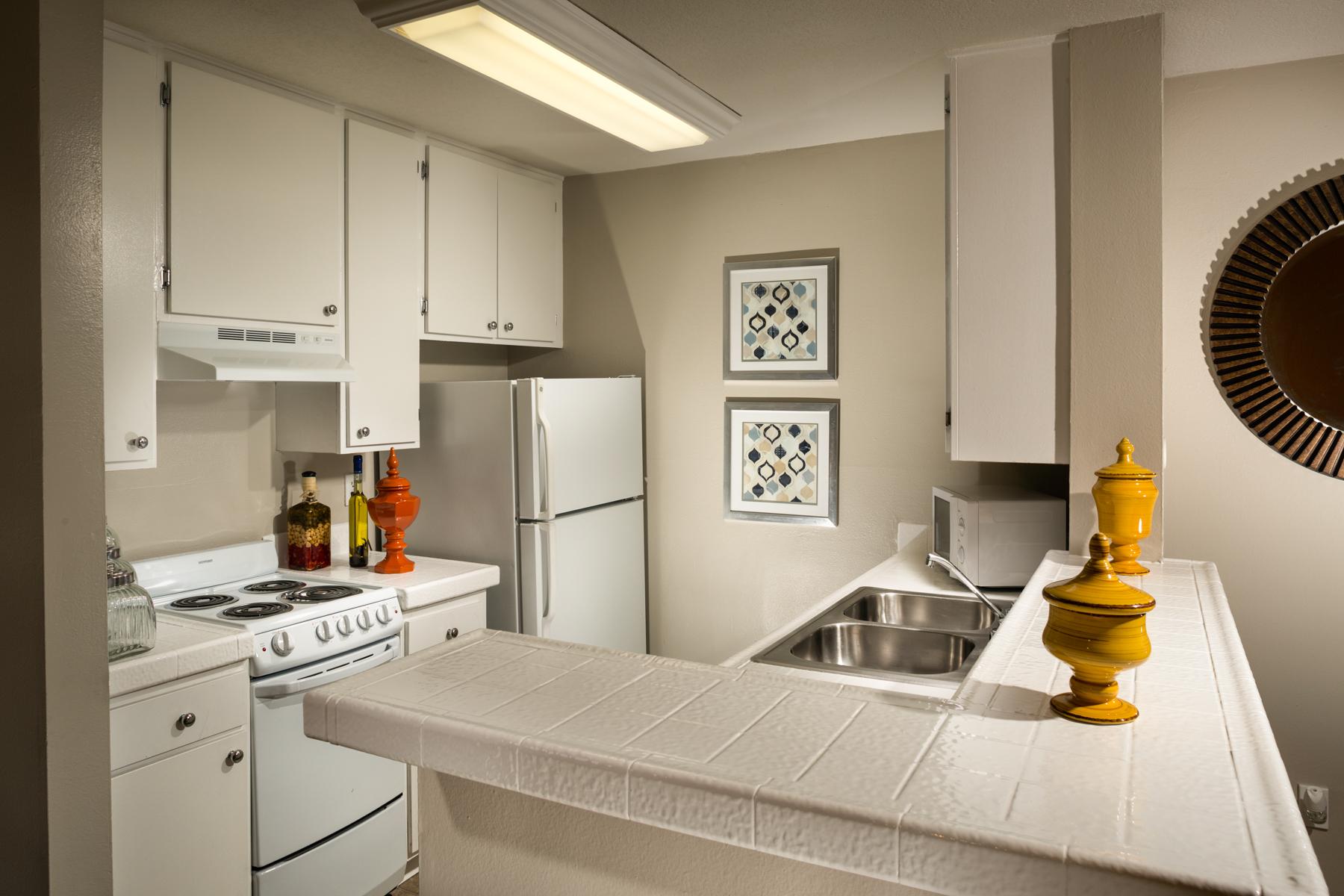 San Regis Apartments photogallery 7